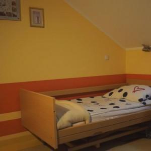 dom opieki łóżka